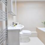Moderní a levná koupelna v jednom? Jde to!
